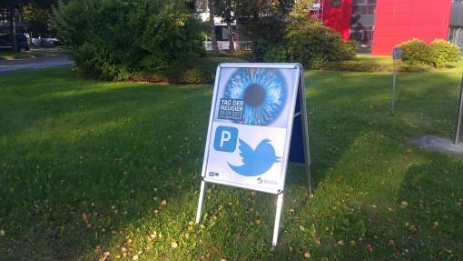 Unser Parkplatz wurde ausgeschildert